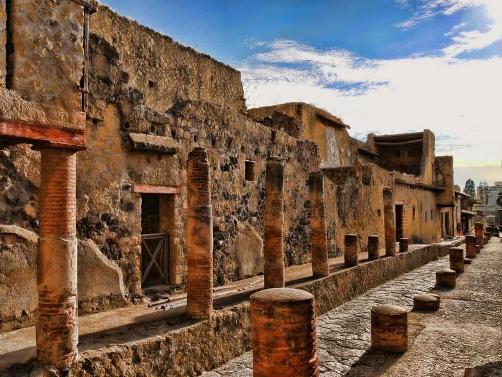 Visiting Herculaneum The Civilized Alternative To