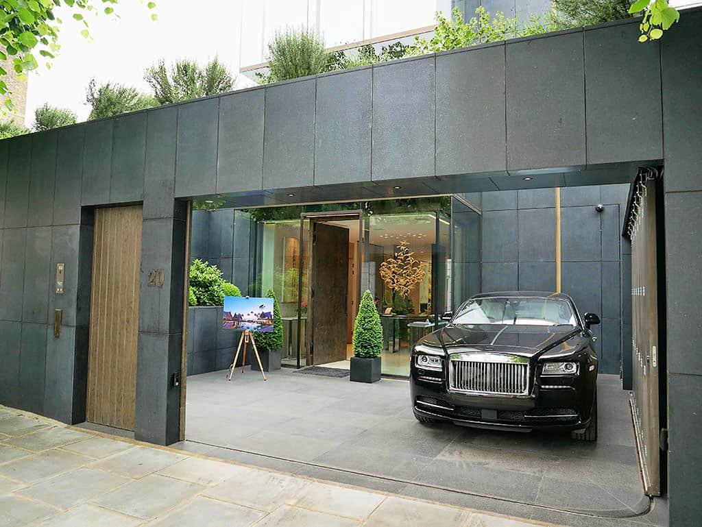A Photographer's Dream: Chiva-Som, Morpheus London & Rolls-Royce