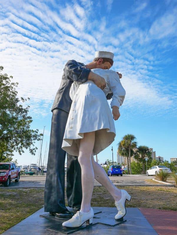 Unconditional Surrender statue in Sarasota, Florida