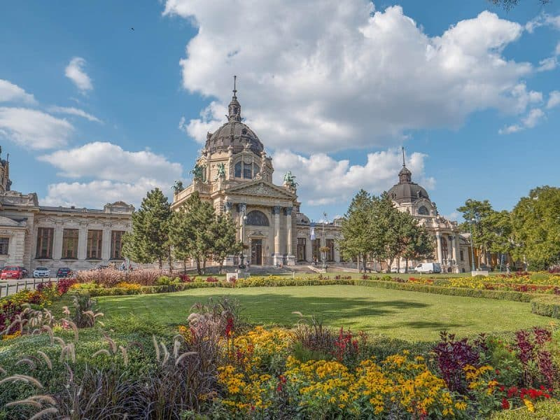 2 Days in Budapest Itinerary | What to See in A Weekend in Budapest
