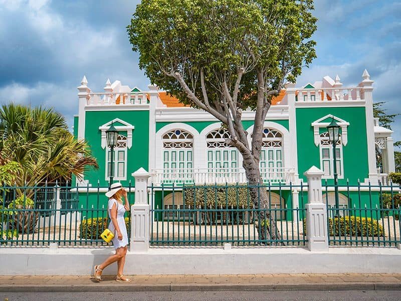 Unique Things to Do in Aruba on a Girls' Getaway
