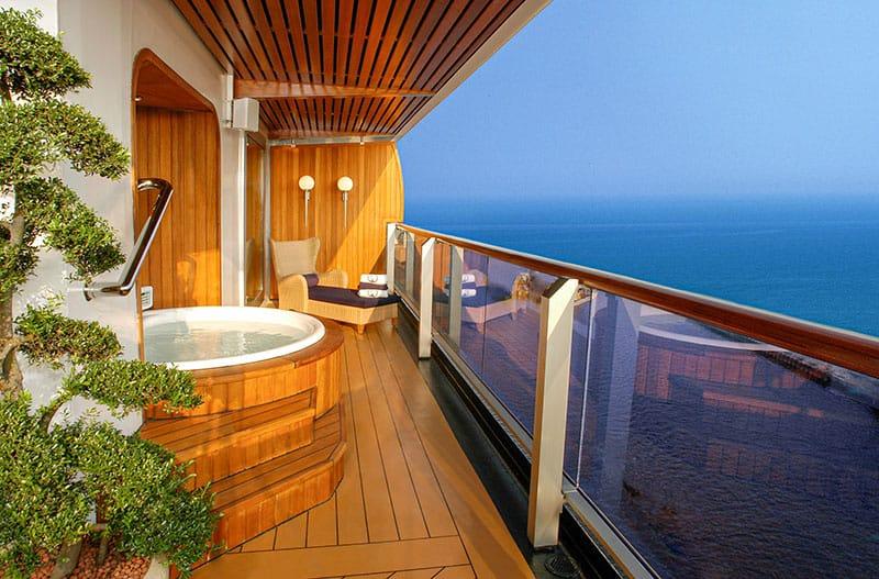 Oosterdam Pinnacle Suite verandah with private hot tub