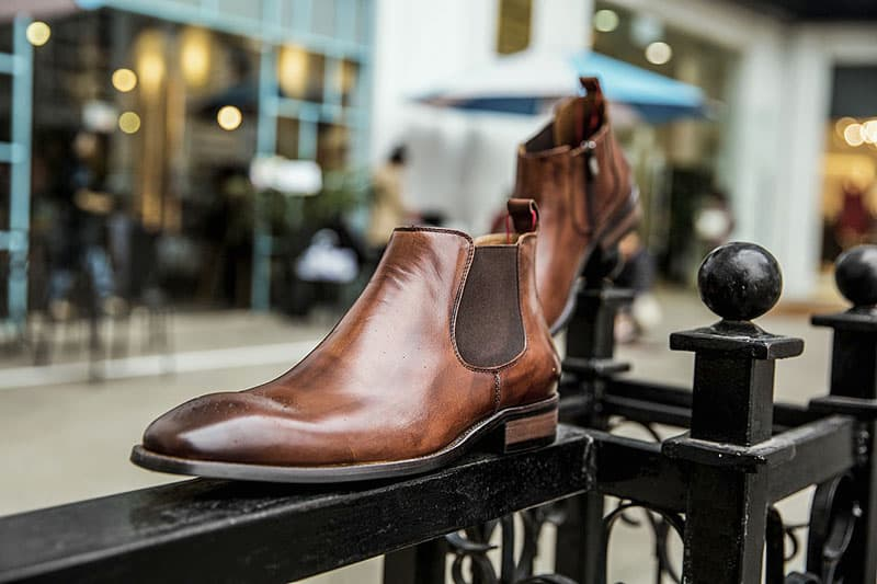 Men's tan leather Chelsea boots
