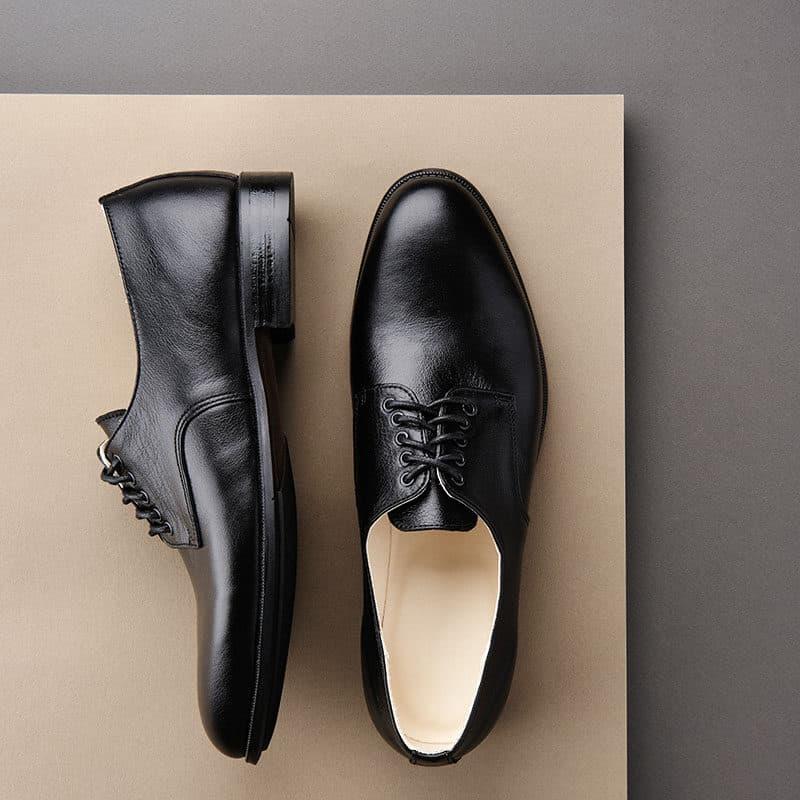 Men's black leather Derby shoes